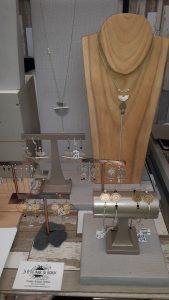 Salon Bisou: nos impressions, Bijoux Fantaisie, Bijoux de créateur, Bijoux Haute Fantaisie, Made in France, Antibes, Juan les pins, collection Satoe